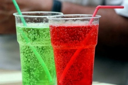 Газировка в стаканах