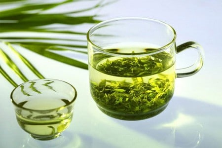 Кружка зеленого чая
